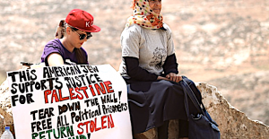 Jonathan Cook: Can young Jews in US turn the tide against Israel?