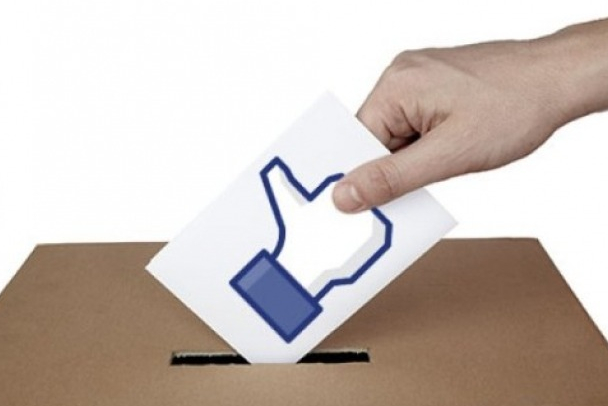 How Far Does The Growth Of Social Media Extend or Threaten Democratic Processes?