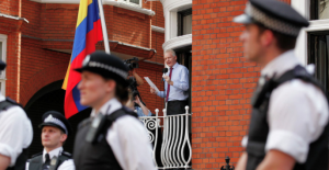 PROOF! The British Establishment V's Julian Assange