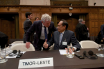 Bernard Collaery and E Timor's foreign minister at the Hague