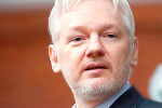 Conspiracy emerges to push Julian Assange into British and US hands