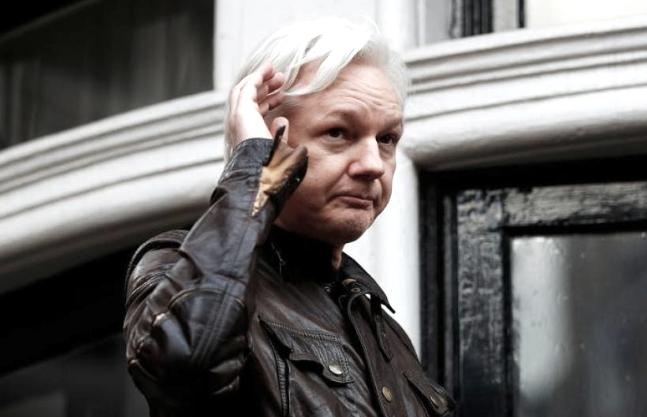 John Pilger: The Urgency of Bringing Julian Assange Home