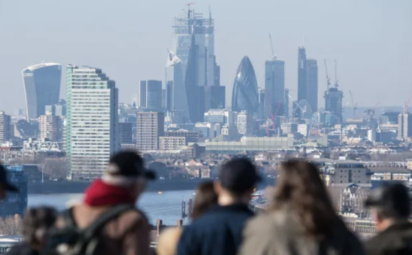 Financial services industry slowly abandons Britain ahead of Brexit