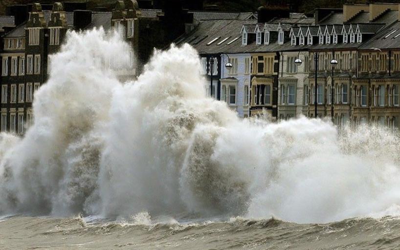 Speeding sea level rise threatens nuclear plants